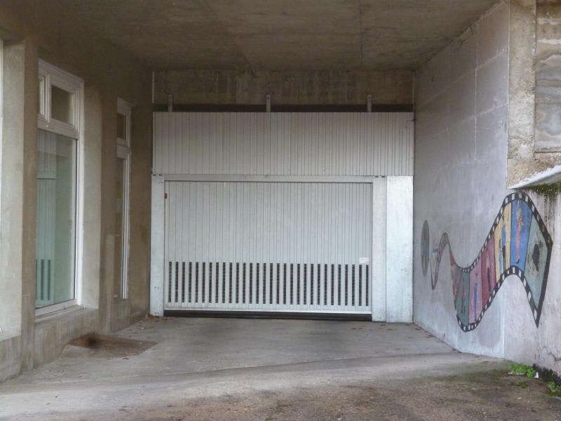 Location parking Tarare 63€ CC - Photo 1