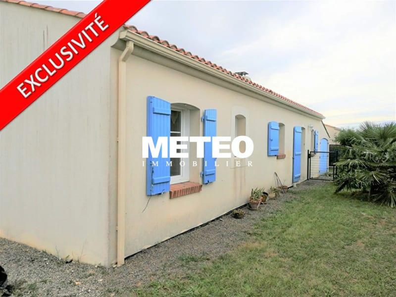 Sale house / villa Angles 305900€ - Picture 1