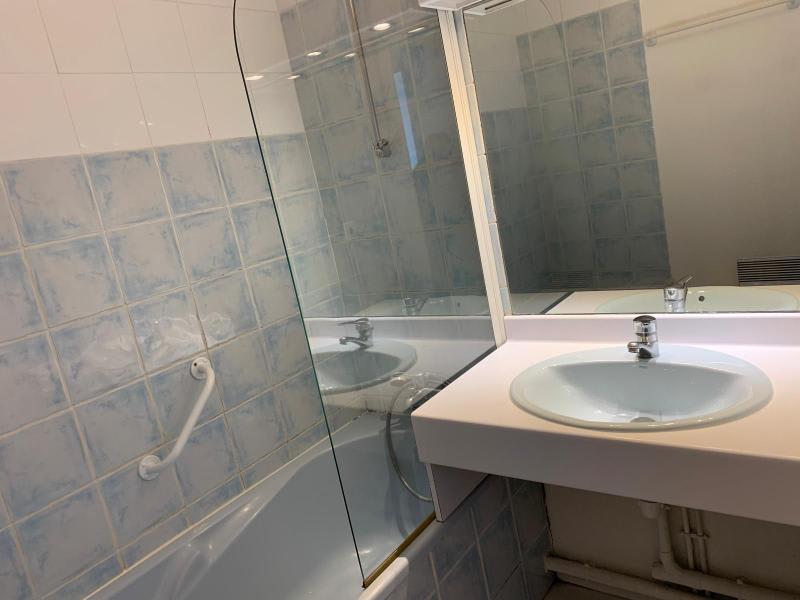 Location appartement Aix en provence 849€ CC - Photo 5