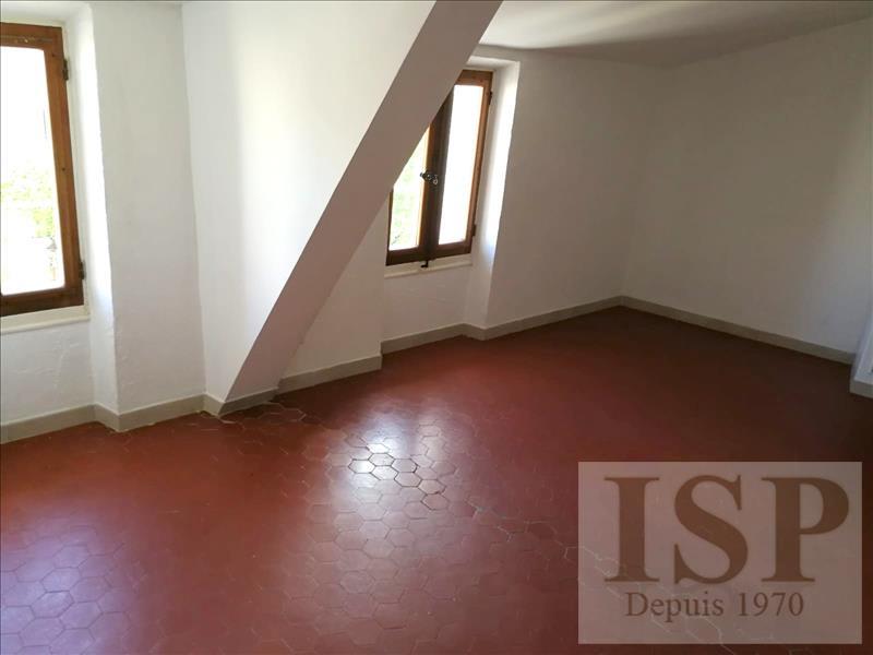 Location appartement Les milles 641€ CC - Photo 3