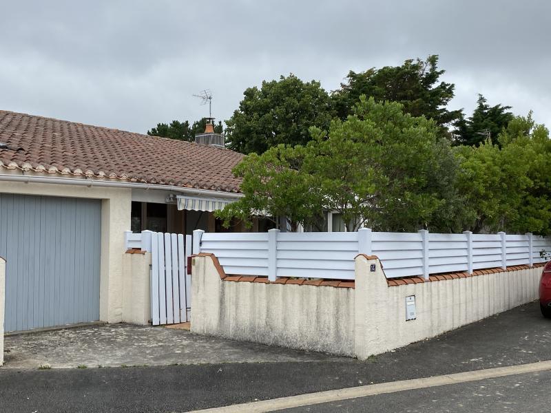 Sale house / villa Chateau d'olonne 258100€ - Picture 3
