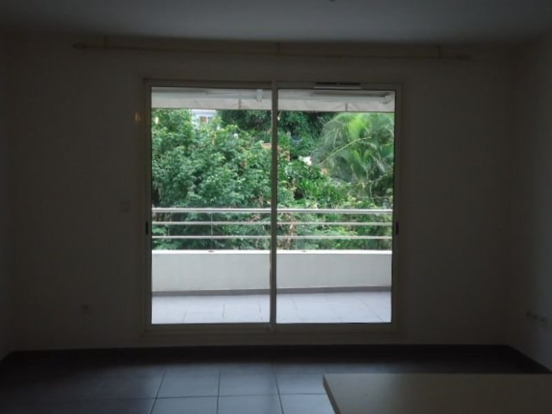 Location appartement Belle pierre 601€ CC - Photo 2