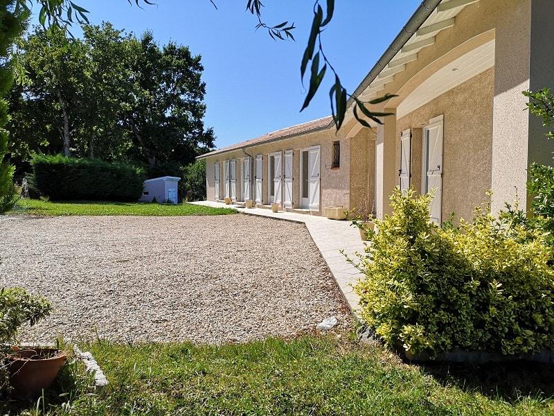 Sale house / villa Barjac 200000€ - Picture 1