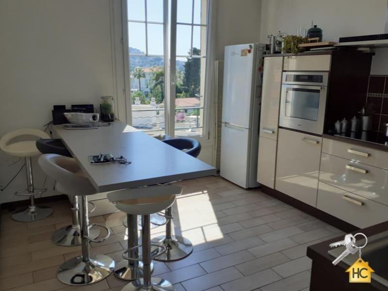 Sale apartment Cannes 630000€ - Picture 3