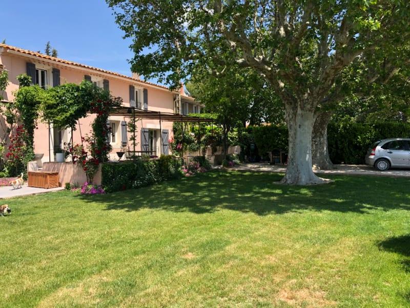 Sale house / villa Les milles 710000€ - Picture 1