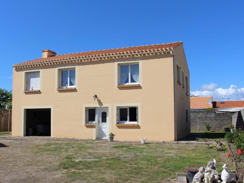 Sale house / villa Les sables d olonne 275900€ - Picture 1