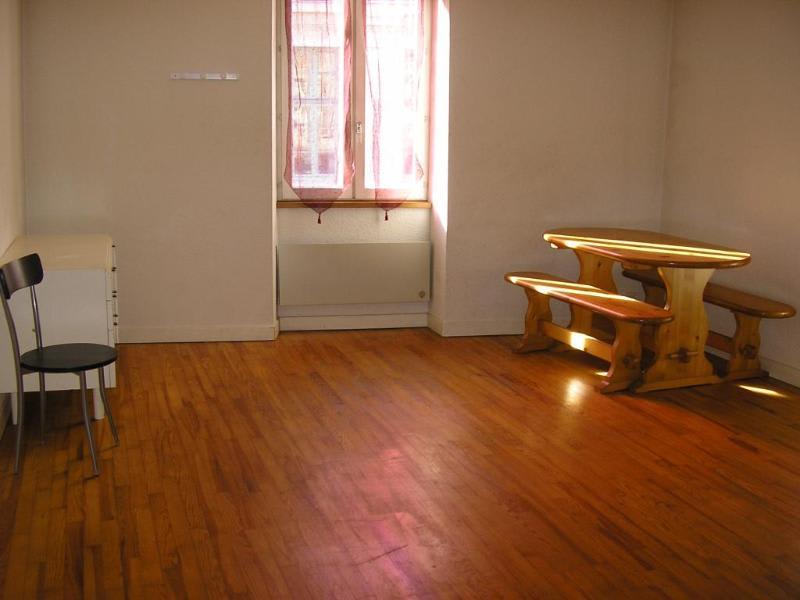 Rental apartment Nantua 228€ CC - Picture 1