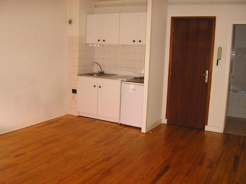 Rental apartment Nantua 228€ CC - Picture 2