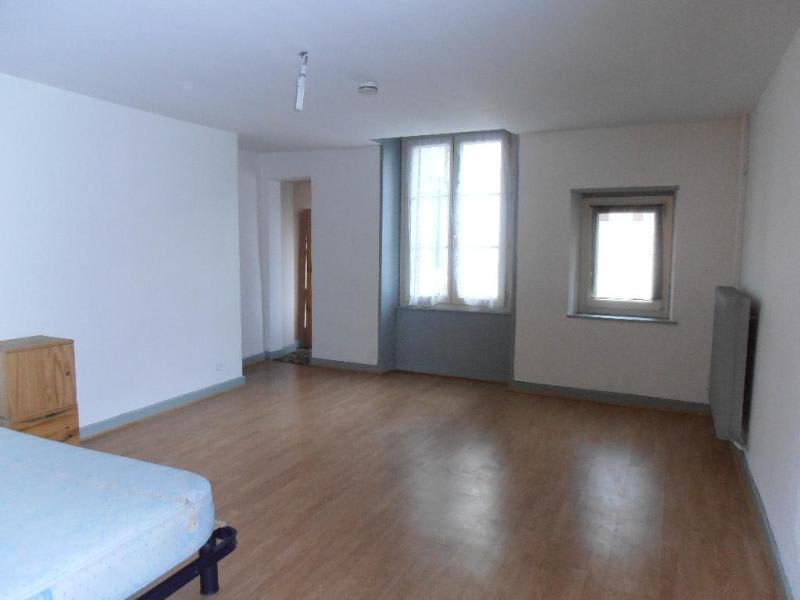Rental apartment Nantua 289€ CC - Picture 1