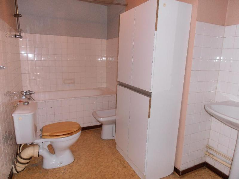 Rental apartment Nantua 289€ CC - Picture 2