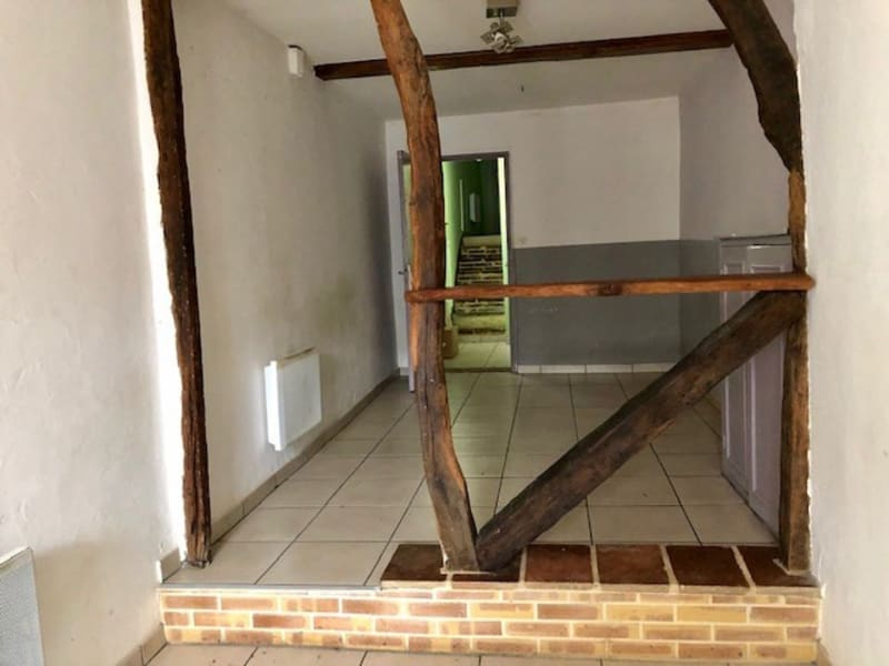 Sale house / villa L'isle jourdain 75 000€ - Picture 2