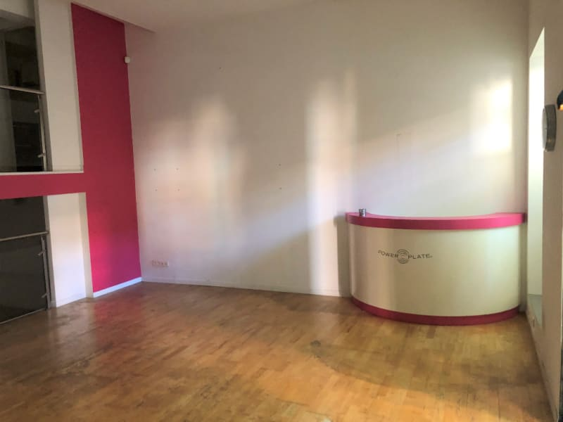 Rental empty room/storage Aix en provence 2 660€ CC - Picture 4