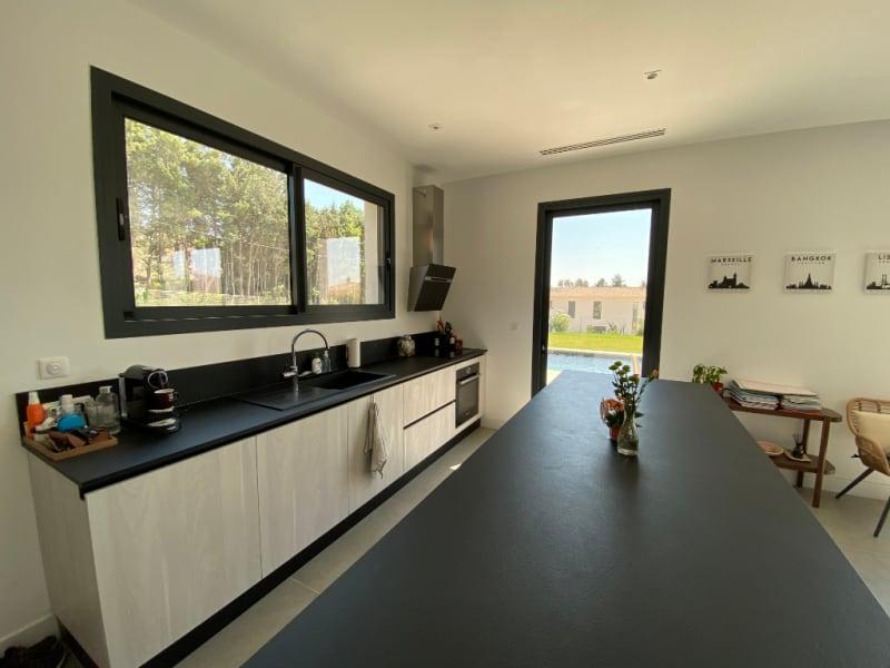Rental house / villa 13100 3500€ CC - Picture 4