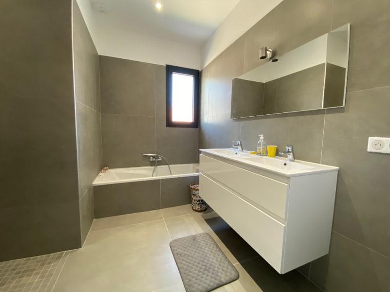 Rental house / villa 13100 3500€ CC - Picture 7
