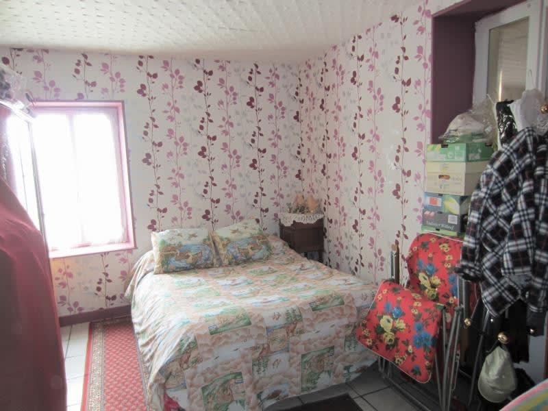 Vente maison / villa Noyant d allier 149800€ - Photo 7