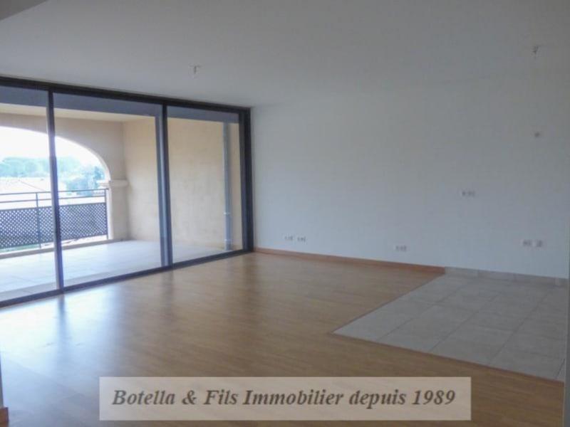 Verkoop  appartement Uzes 250000€ - Foto 7