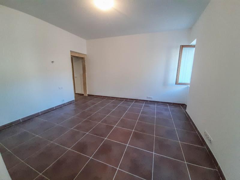 Vente maison / villa Uzes 250000€ - Photo 3