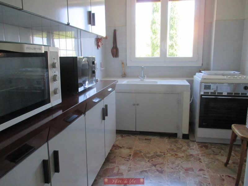 Sale apartment Le lavandou 480 000€ - Picture 3