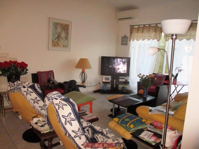 Sale house / villa Bormes les mimosas 660000€ - Picture 6