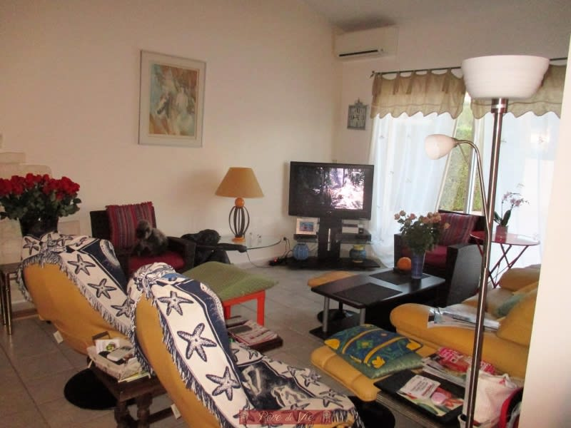 Vente maison / villa Bormes les mimosas 660000€ - Photo 6