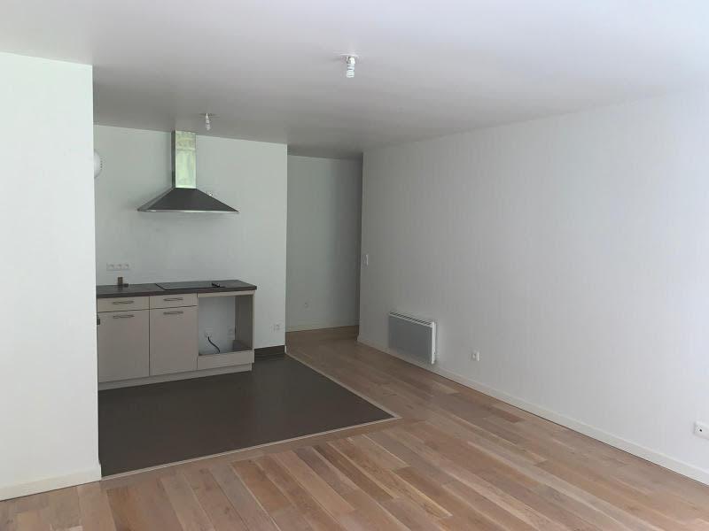 Location appartement Bougival 1290€ CC - Photo 3