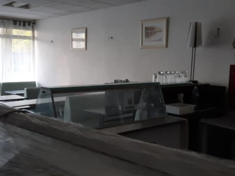 Location local commercial Acheres 971€ HC - Photo 4