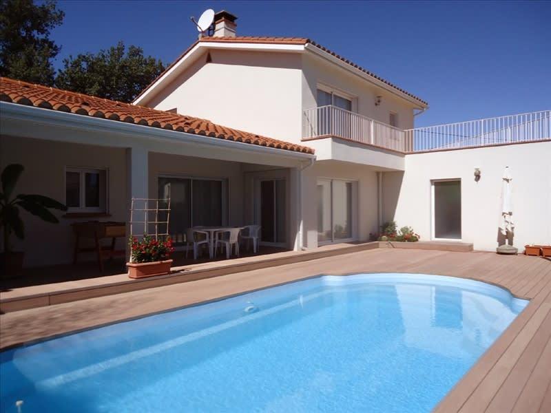 Sale house / villa Saint jean pla de corts 490000€ - Picture 1