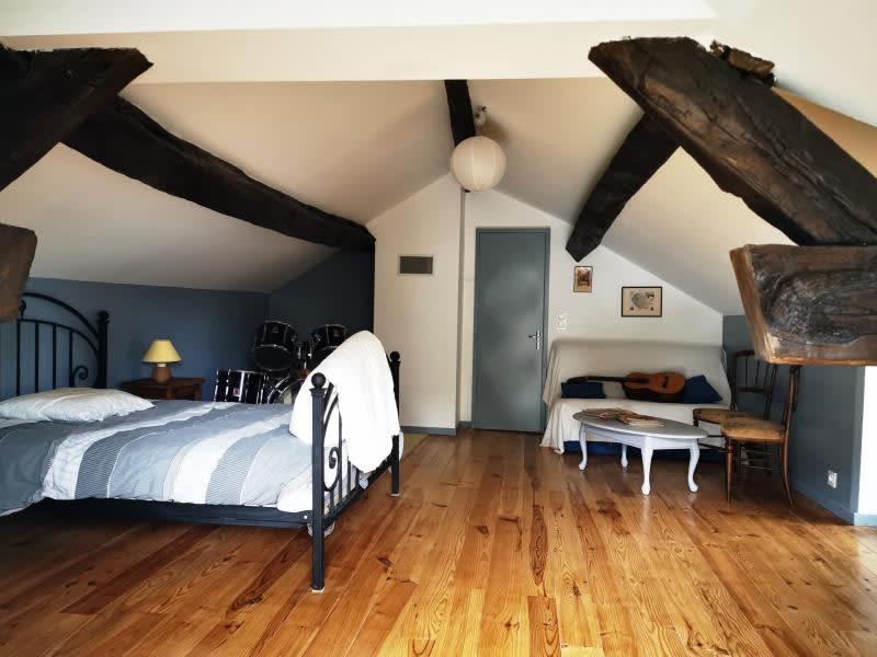 Sale house / villa Rouairoux 130000€ - Picture 1