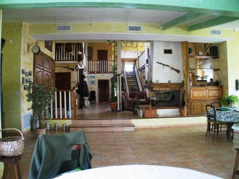 Sale house / villa Proche de mazamet 350000€ - Picture 2