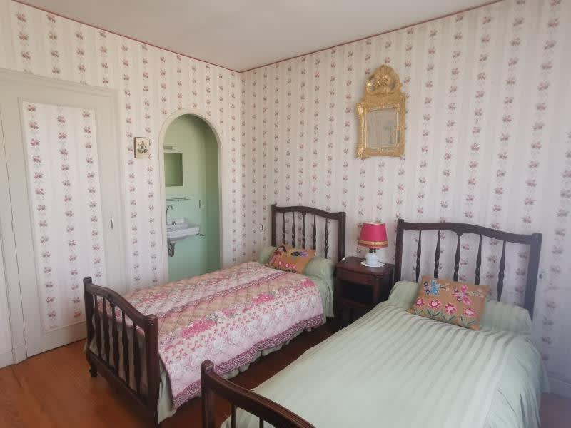 Sale house / villa Aussillon 165000€ - Picture 5