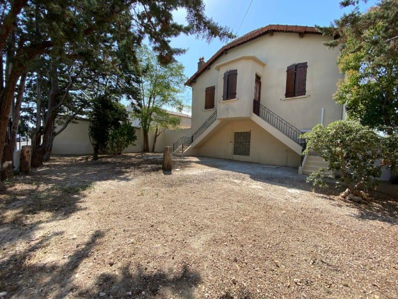 Location maison / villa Aix en provence 1400€ CC - Photo 2