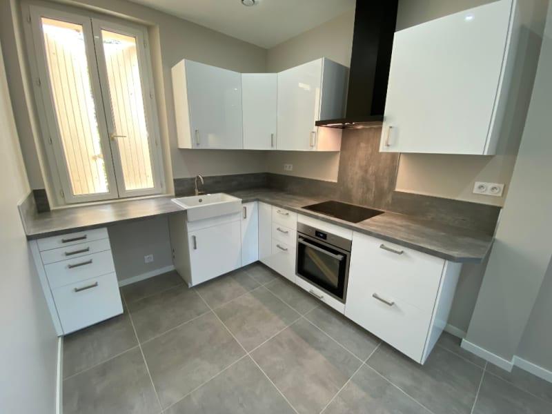 Location maison / villa Aix en provence 1400€ CC - Photo 3
