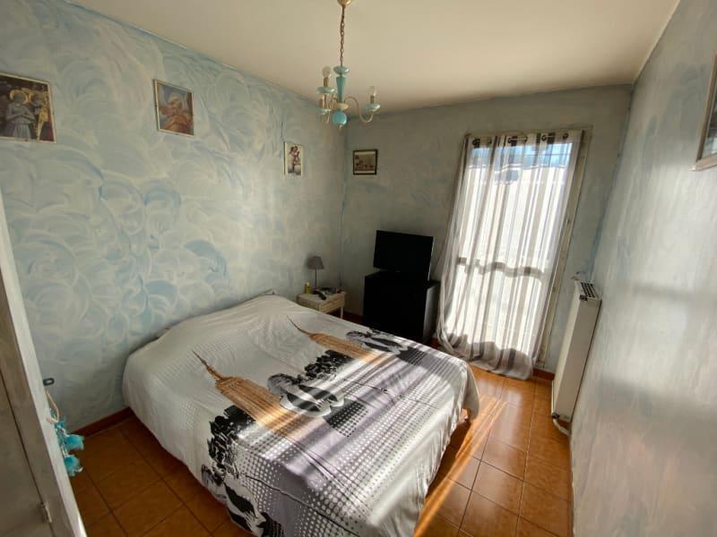 Sale house / villa Aix en provence 352000€ - Picture 8
