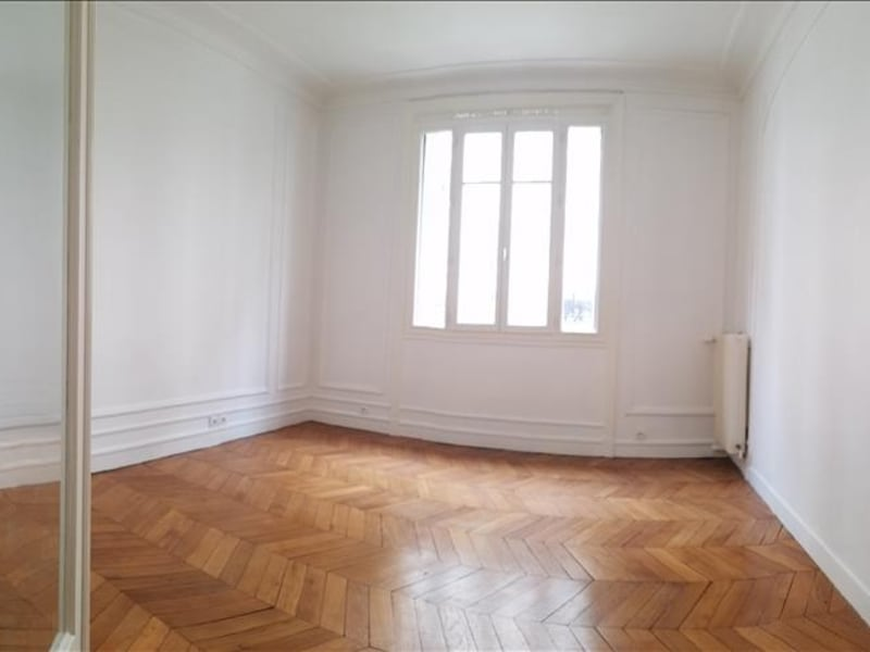 Rental apartment Paris 17ème 1 775€ CC - Picture 2