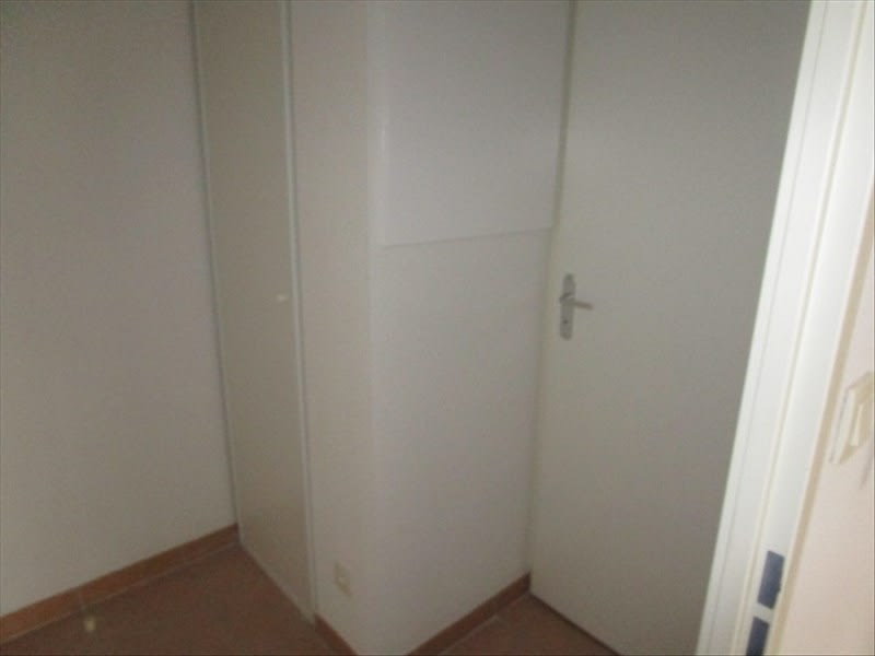 Rental apartment Carcassonne 369,25€ CC - Picture 6