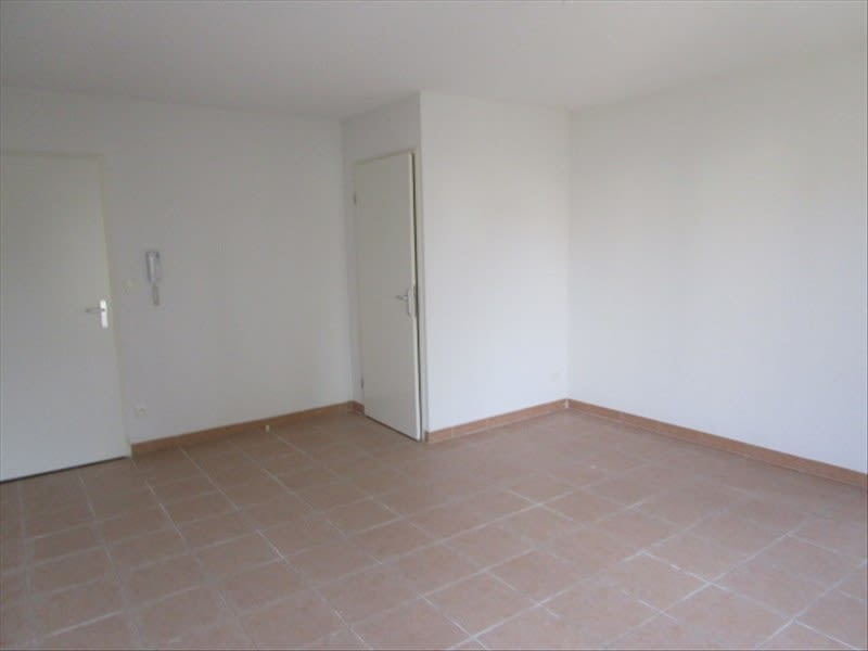 Rental apartment Carcassonne 369,25€ CC - Picture 8