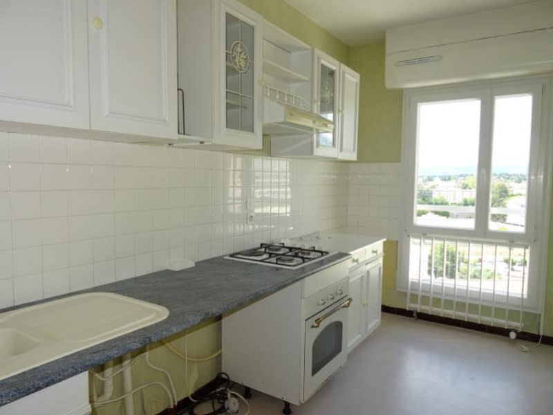 Rental apartment Roanne 745€ CC - Picture 3
