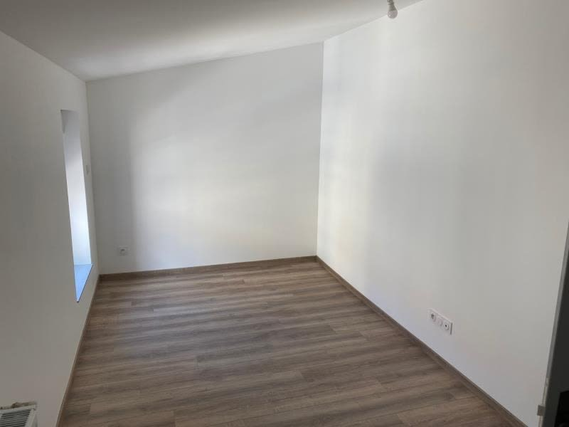 Location appartement Renaison 500€ CC - Photo 8