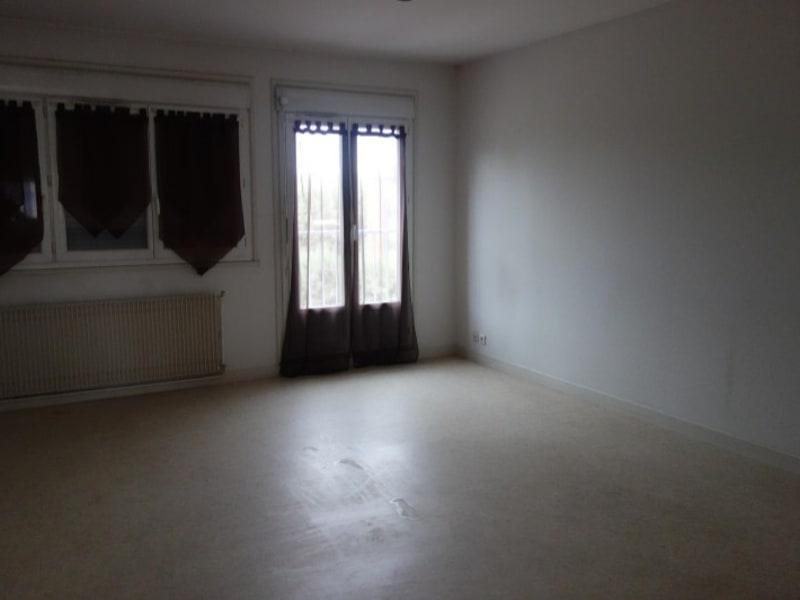 Location appartement Le coteau 640€ CC - Photo 3