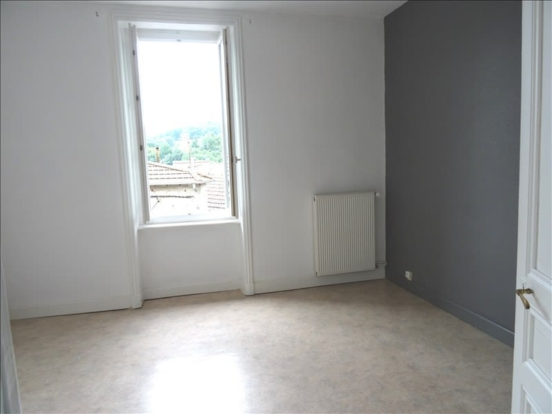 Rental apartment Regny 450€ CC - Picture 3
