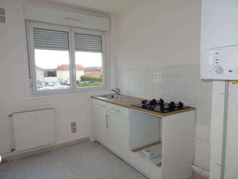 Rental apartment Le coteau 490€ CC - Picture 1