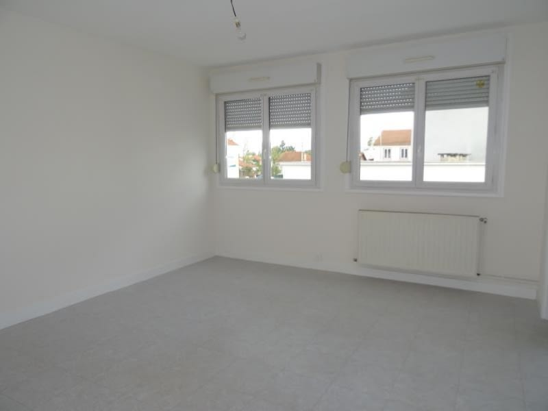 Rental apartment Le coteau 490€ CC - Picture 4
