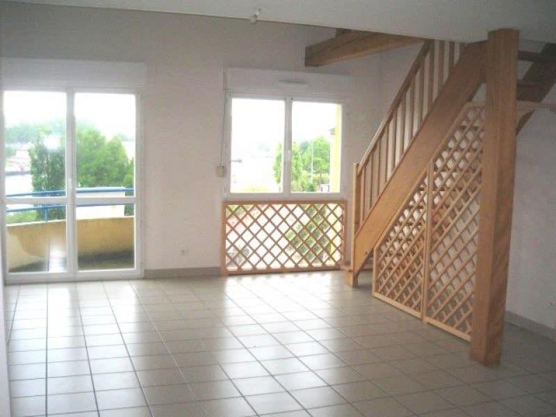 Location appartement Roanne 735€ CC - Photo 1