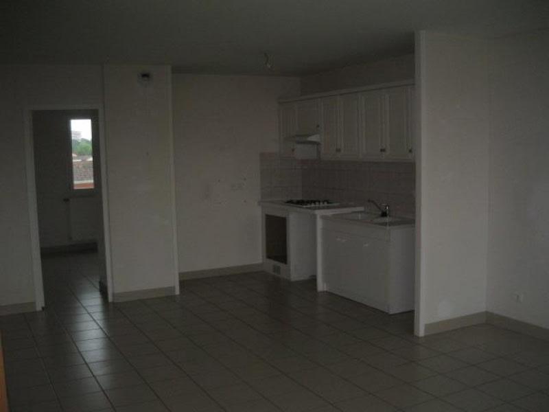 Location appartement Roanne 735€ CC - Photo 3