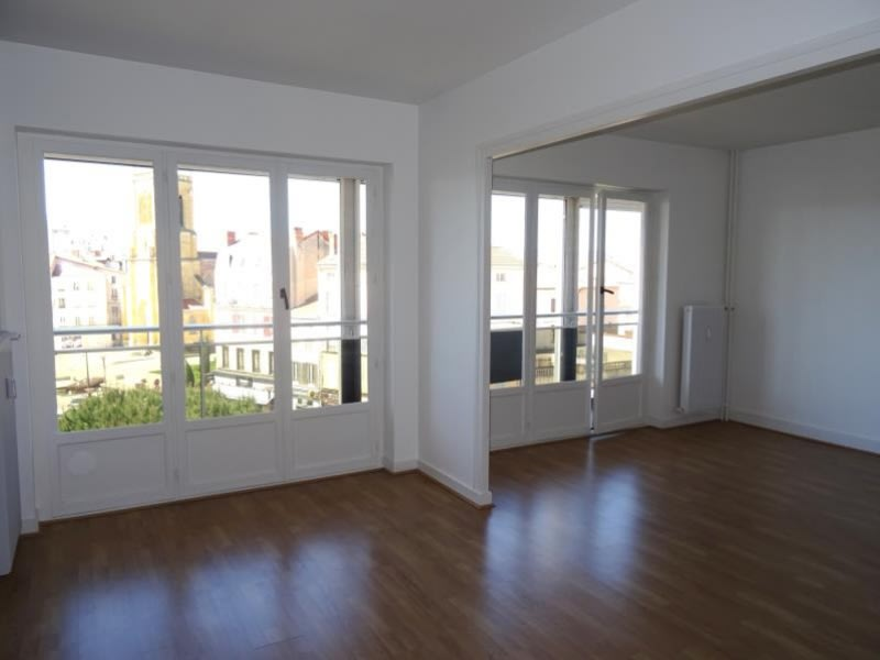 Location appartement Roanne 835€ CC - Photo 2