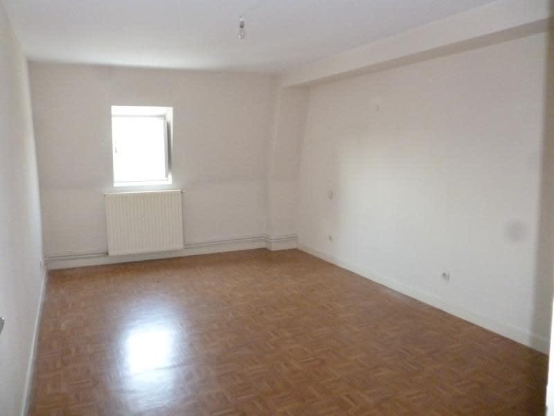 Location appartement Le coteau 395€ CC - Photo 5