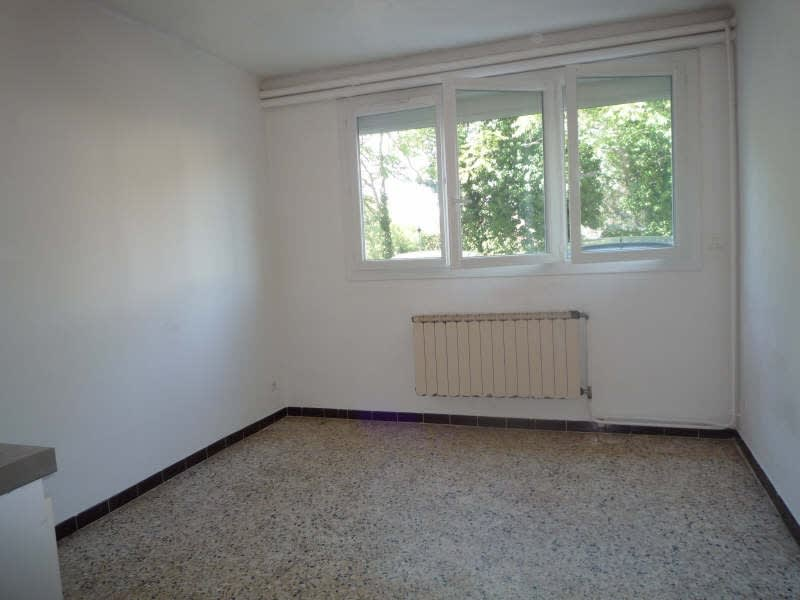 Rental apartment Aix en provence 372€ CC - Picture 2