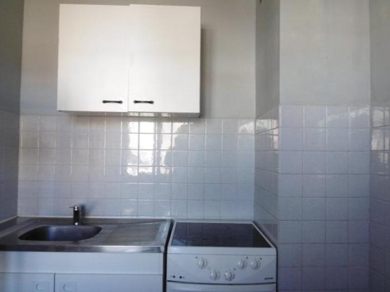 Rental apartment Aix en provence 621€ CC - Picture 3