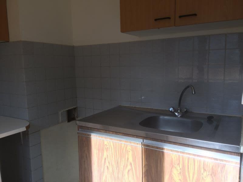 Rental apartment Aix en provence 663€ CC - Picture 4