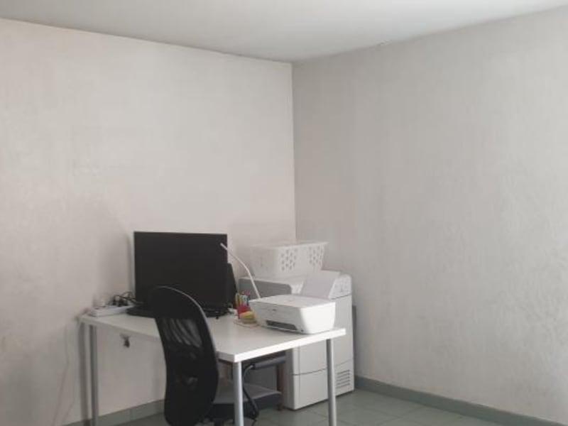 Sale apartment Aix en provence 201000€ - Picture 3